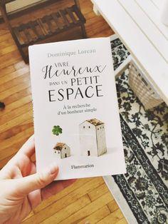 Dans la lignée des livres sur le minimalisme écrits par Dominique Loreau, celui-là m'a davantage interpellé parce que je m'intéresse beaucoup à l'immobilier. Du moins, je m'intéressais beaucoup à ce sujet par rapport aux grandes maisons dignes des magazines de décoration. Je faisais même le travail de home staging pour mettre les maisons sur leur …