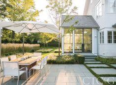 Tour a Classical New England Home with a Contemporary Landscape via @cottagesgardens