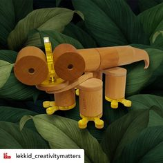 A skill to develop in kids so they can obtain much more effective solutions and accept positively any unforeseen event without being blocked Happy Week End, Wooden Toys, Creative Skills, Creativity, Kids, Nice Weekend, Woodworking Toys, Kid Games, Creative