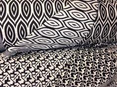 Tissu jacquard esprit scandinave, pour confection d'ameublement (fauteuils, assises de chaises) et décoration (coussins, rideaux)