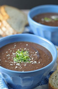 43. Black Bean Soup #greatist http://greatist.com/eat/3-ingredient-healthy-recipes