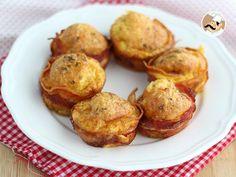Te apetece un brunch o bien un desayuno inglés? nuestros muffins de bacon serán perfectos para ti :) - Receta Entrante : Muffins de bacon con queso express por Petitchef_oficial