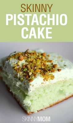 Very moist and delicious. Made May Skinny Pistachio Cake Recipe ~ Says: The pistachio flavor is so rich when paired with the light Cool Whip topping. This cake is perfect for cookouts, brunch, or holiday get-togethers. Just Desserts, Delicious Desserts, Yummy Food, Healthy Food, Sweet Recipes, Cake Recipes, Dessert Recipes, Dessert Ideas, Pistacia Vera