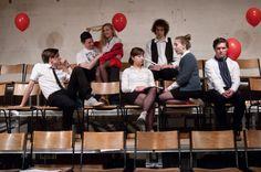 PUNK ROCK von Simon Stephens Regie & Austattung: Boris C. Motzki Choreographie: Mario Heinemann Jaillet eine Produktion der Theaterakademie Mannheim/Abschlussklasse 2014/1 Die nächsten Termine sind: 12.3./ 13.3./ 9.4./ 10.4/ 29.4 jeweils 20.00 Uhr Eintrittspreis: 12 € / 6 € (ermäßigt) Theater Felina-Areal Holzbauerstr. 6-8 Karten unter: 0621 / 33 64 88 6 oder: info@theater-felina-areal.de  Foto: Wolfgang Detering