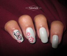 #TokiaNails #butterfly #nails #naturalnails #nailart #micropittura #nailpolish #nailartdesign