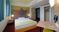 Guest room in B&B Hotel in Wiesbaden.