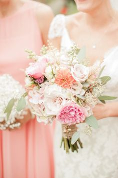 Fabulous florals! Be inspired by these wonderful wedding flowers © Naomi Kenton