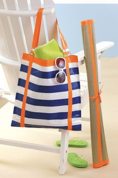 """Duck Tape beach bag from the book """"Go Crazy with Duct Tape"""""""