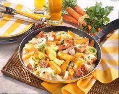 Unser beliebtes Rezept für Deftige Kartoffelpfanne mit Senfcreme und mehr als 55.000 weitere kostenlose Rezepte auf LECKER.de.