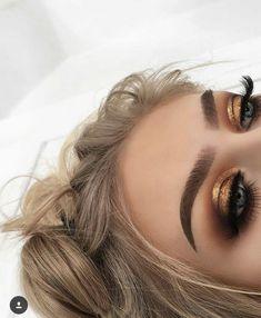 44 Awesome Golden Smokey Eye Makeup with a bang of gold. # gilded 44 Awesome Golden Smokey Eye Makeup with a bang of gold. 44 Awesome Golden Smokey Eye Makeup with a bang of gold. # gilded 44 Awesome Golden Smokey Eye Makeup with … Beauty Make-up, Beauty Hacks, Hair Beauty, Beauty Tips, Beauty Products, Beauty Essentials, Best Makeup Products, Glam Makeup, Skin Makeup