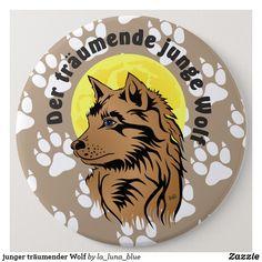 junger träumender Wolf Runder Button 15,3 Cm Otter Box, Wolf, La Luna, Wolves, Map Invitation, Clothing Accessories, Animals