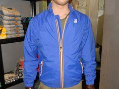 Blue Express Store // K-WAY : www.blueexpressfa... #k-way #blueexpress #blueexpressstore #shop #shopping #shoppingaverona #negozio #negozi #negozioaverona #negoziaverona #abbigliamento #moda #verona #spolverino #spolverini