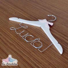 Percha infantil Lucía Clothes Hanger, Personalized Hangers, Personalized Gifts, Coat Hanger, Clothes Hangers, Clothes Racks