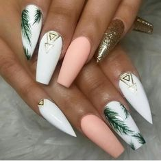 In seek out some nail styles and ideas for your nails? Here's our list of must-try coffin acrylic nails for trendy women. Stylish Nails, Trendy Nails, Essie, Palm Nails, Nail Design Spring, Winter Nail Designs, Finger, Best Acrylic Nails, Summer Acrylic Nails Designs
