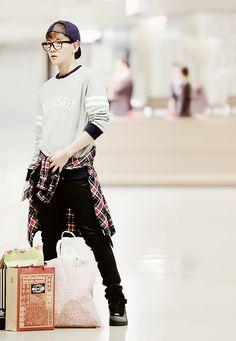 Baekhyun looking fashionable and lost
