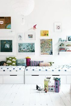 Head-To-Head For Narrow Spaces - Kids Rooms That Prove Sharing Is Caring - Photos