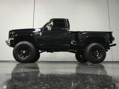 jacked up trucks chevy Custom Chevy Trucks, Chevy Pickup Trucks, Gm Trucks, Chevrolet Trucks, Diesel Trucks, Cool Trucks, Custom Cars, Chevy Stepside, Silverado Truck