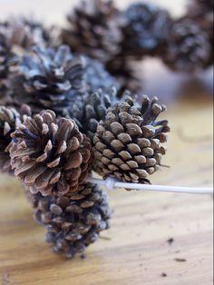 do it yourself divas: DIY: Pinecone Wreath (Practically FREE). garland instead of a wreath