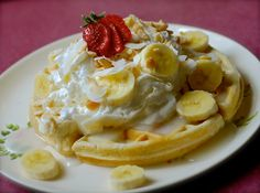 {just like ritz carlton's} maui macadamia nut waffles with coconut syrup