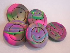 Marbled polymer clay buttons
