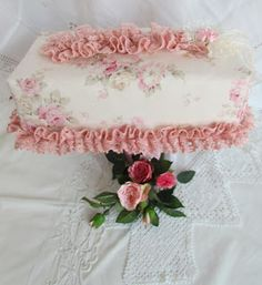 Tissue Box Covers, Tissue Boxes, Kleenex Box, Sewing Projects, Shabby Chic, Crafty, Embroidery, Lace, Handmade