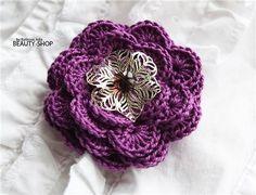 crochet brooch DIY