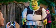 photos with Shrek at Gaylord Hotels