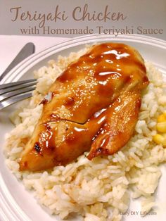 The absolute best teriyaki sauce recipe! You will never buy it in a bottle again once you make this. Best of all it takes just a few minutes to make! Best Teriyaki Sauce, Homemade Teriyaki Sauce, Teriyaki Chicken, Beef Barbecue, Oven Chicken Recipes, Homemade Seasonings, Beef Dishes, Sauce Recipes, Food For Thought