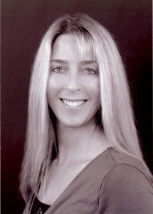 Tami Broderick, RD, is Certified LEAP Therapist in Huntington Beach, California. Her expertise is in the areas of weight loss, disease management with an emphasis on diabetes care, and sports nutrition. She is also available via Telecommute.