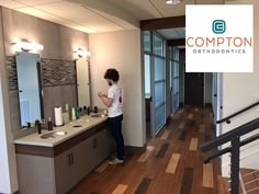 We hope all of our patients enjoy our new brushing station here at Compton Orthodontics. ‪#‎BGbraces‬ ‪#‎ComptonOrtho‬ ‪#‎smile‬ www.bgbraces.com Dr. Thomas Compton, 315 New Towne Drive, Bowling Green, KY 42103 Compton Orthodontics