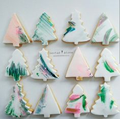 Or skip the stamps and just use your favorite brushes and DIY edible paint to draw directly on the icing. 19 Creative Christmas Cookie Ideas That Are Actually Easy Fondant Cookies, Paint Cookies, Cupcakes, Christmas Tree Cookies, Christmas Treats, Christmas Baking, Christmas Biscuits, Homemade Christmas, Christmas Christmas