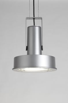 Arne is an outdoor light from global partner Santa & Cole that combines classic modernist design with 21st century LED technology.  Inspired by the renowned Danish architect and product designer Arne Jacobsen, it has international appeal and multiple applications. #LED #lighting #landscapeforms #Santa&Cole