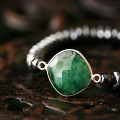 Hey, I found this really awesome Etsy listing at https://www.etsy.com/listing/188637752/emerald-with-hematite-gemstone-bracelet