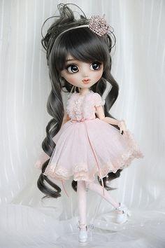 OOAK Pullip Custom Doll - Princess Pink - by Happydolly Anime Dolls, Blythe Dolls, Girl Dolls, Barbie Dolls, Pullip Custom, Custom Dolls, Pretty Dolls, Beautiful Dolls, Kawaii Doll
