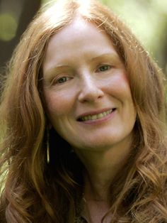 Frances Conroy (American Horror Story: Coven), 2014 Primetime Emmy Nominee for Outstanding Supporting Actress in a Miniseries or a Movie Lauren Ambrose, Good Samaritan Hospital, Frances Conroy, Tv Moms, American Horror Story Coven, Movies 2014, Movie Gift, Six Feet Under, Music Tv