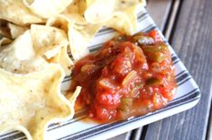Mom's Homemade Salsa with Fresh Tomatoes is an easy canned salsa recipe. The best from-scratch spicy chunky salsa recipe to use up your garden's bounty. Easy Canned Salsa Recipe, Canned Apple Pie Filling, Homemade Salsa, Tomato Relish, Fresh Tomato Salsa, Pickled Beets, Pickled Onions, Healthy Breakfast Options, Breakfast Meals