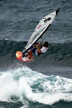 Pa'ia Wind Surfing, Maui #AdventureAwaits @rothcheese