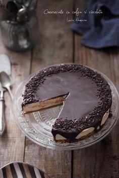 Romanian Food, Romanian Recipes, Dessert Recipes, Desserts, Cheesecakes, Food Art, Tiramisu, Food And Drink, Gluten