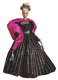 Barbie Happy Holidays Special Edition Barbie Doll by Mattel, 1998 Special Edition Holiday Barbie Doll Beautiful Doll Barbie Gowns, Mattel Barbie, Barbie Clothes, Doll Dresses, Barbie Blog, Barbie Stil, Color Verde Claro, Happy Holidays Barbie, Christmas Barbie
