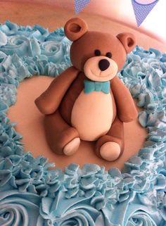 Modelagem em pasta americana...bear da Sweets by Rô