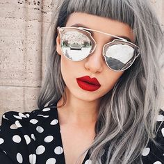 Sunnies by @sunglassspot and fave red lipstick 'American Doll' by @anastasiabeverlyhills 💋 CONTOUR: Contour Kit in Light to Medium #anastasiabeverlyhills
