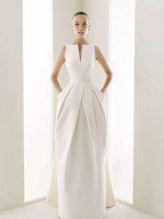 Wedding dress with pockets to hide all my stuff! :)