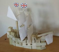 Fun Thanksgiving activity for kids! Use your wooden blocks to build the Mayflower. Follow these easy pictured instructions.http://backtoblocks.com/blog/backtoblocks_blog_build_Mayflower/