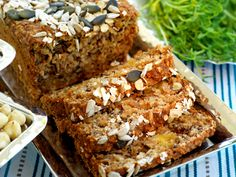 Buckwheat Bread with nuts and dried fruit Raw Food Recipes, Baking Recipes, Buckwheat Bread, Candy Cookies, Swedish Recipes, Easy Bread, Simply Recipes, Vegan Treats, Something Sweet