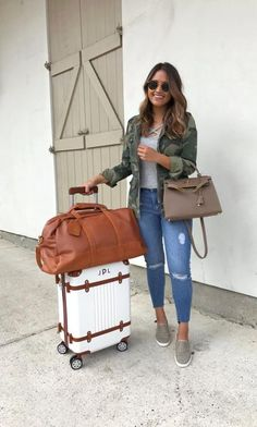 Cabo bound ✈️☀️This camo jacket is super lightweight so it's perfect for spring and summer travels especially when flying on those chilly airplanes! For size reference, I'm wearing the XS & it fits just right  Find everything linked with @liketoknow.it except for my @teddy_blake bag! http://liketk.it/2qUi7 #liketkit #LTKStyleTip