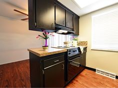 Carnaby Village Townhomes Columbus Ohio Basement For Rent, Apartment Communities, Columbus Ohio, Townhouse, Kitchen Cabinets, Models, Mini, Interior, Home Decor