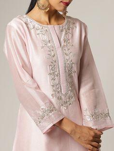 Source by clothes kurti Simple Kurta Designs, Silk Kurti Designs, Kurta Designs Women, Kurti Embroidery Design, Embroidery Fashion, Embroidery Dress, Embroidery Online, Hand Embroidery, Neck Designs For Suits