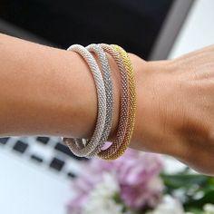 Aujourd'hui, on ose assembler plusieurs bracelets Manhattan pour habiller notre poignet - #MyDalia #Bijoux #Bracelet #Reflex #Manhattan #InstaBijoux #DaliaJoaillerie #Jewel #Fashion
