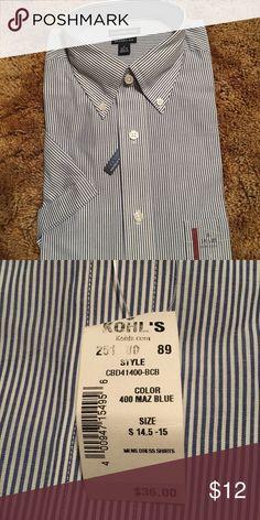 Croft and barrow dress shirt short sleeve Size small 14.5-15. Short sleeve button up dress shirt. Classic fit. Wrinkle resistant croft & barrow Shirts Dress Shirts