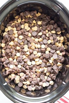 Christmas Snacks, Christmas Cooking, Christmas Candy, Christmas Recipes, Christmas Goodies, Chocolate Peanut Clusters, Semi Sweet Chocolate Chips, Fudge Recipes, Candy Recipes